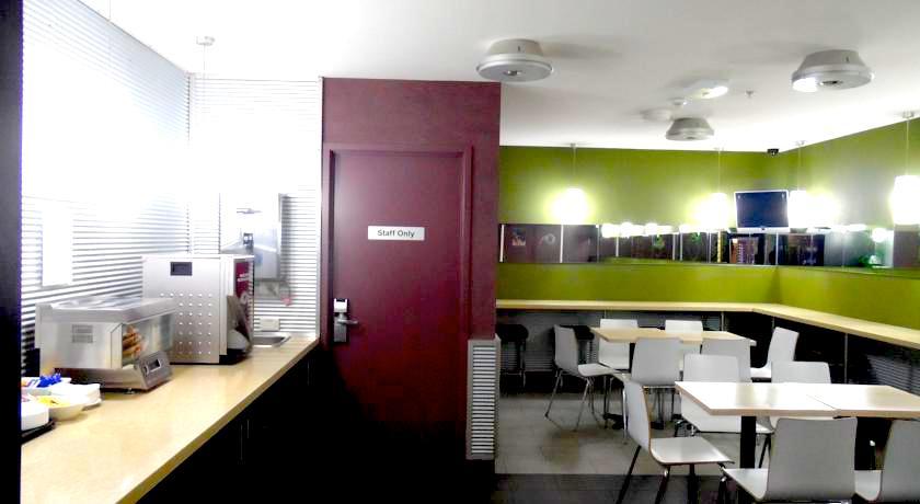 メルボルン 格安シングルルームダブルルーム個室 格安ホテルバジェット バックパッカー