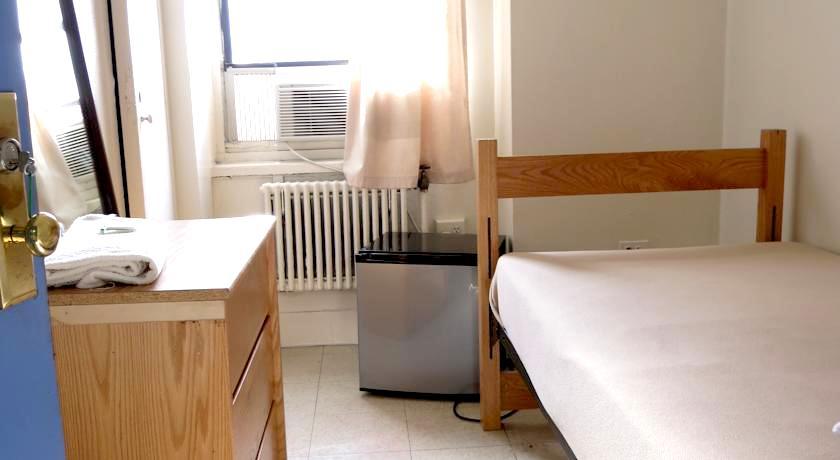 ニューヨーク NYC シングルルーム個室 格安安い清潔キレイ リーズナブル